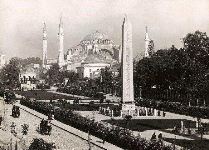 Η Κωνσταντινούπολη των Jean Pascal Sebah & Polycarpe Joaillier (1890-1900)