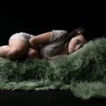Δομνίκη Μητροπούλου: «Φτιάχνω έναν κόσμο δικό μου για να μπορώ να αναπνέω ελευθέρα εκεί …»