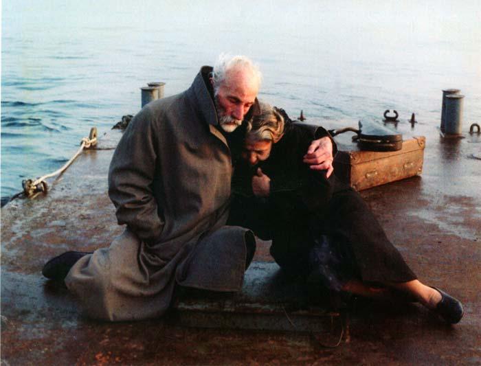 Θεόδωρος Αγγελόπουλος - Ταξίδι στα Κύθηρα (1984)