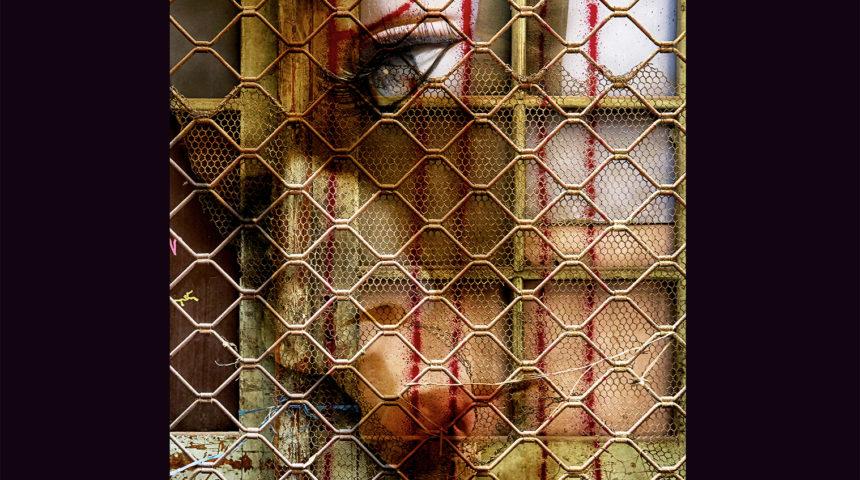 Ηττημένοι Νικητές | Έκθεση φωτογραφίας του Gabriel Koutoulias Booze