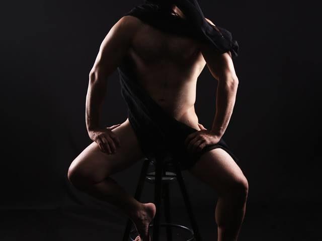 Workshop φωτογράφισης ανδρικού γυμνού