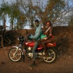 Βιωματικό Φωτογραφικό Εργαστήριο στις ξεχασμένες Φυλές της Αιθιοπίας με τη Μάρω Κουρή