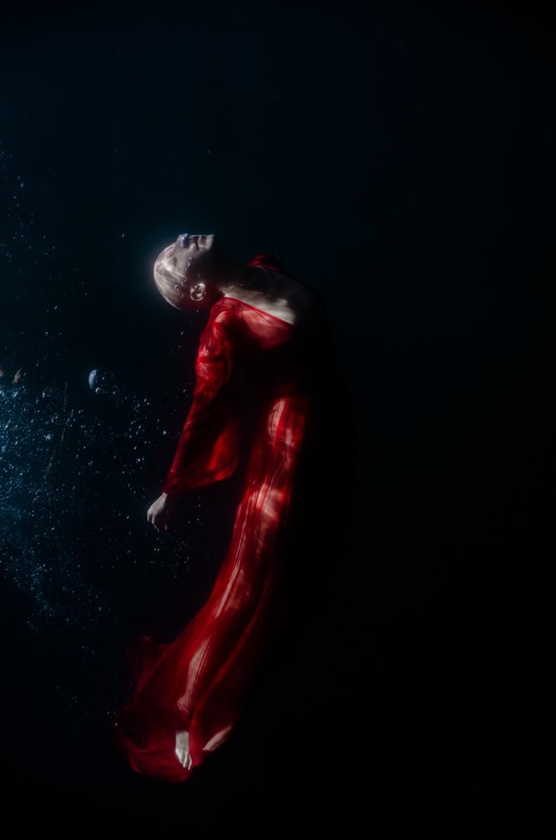 Μπαζάρ υποβρύχιας φωτογραφίας της Ρενέ Ρεβάχ στο Σχεδία Home