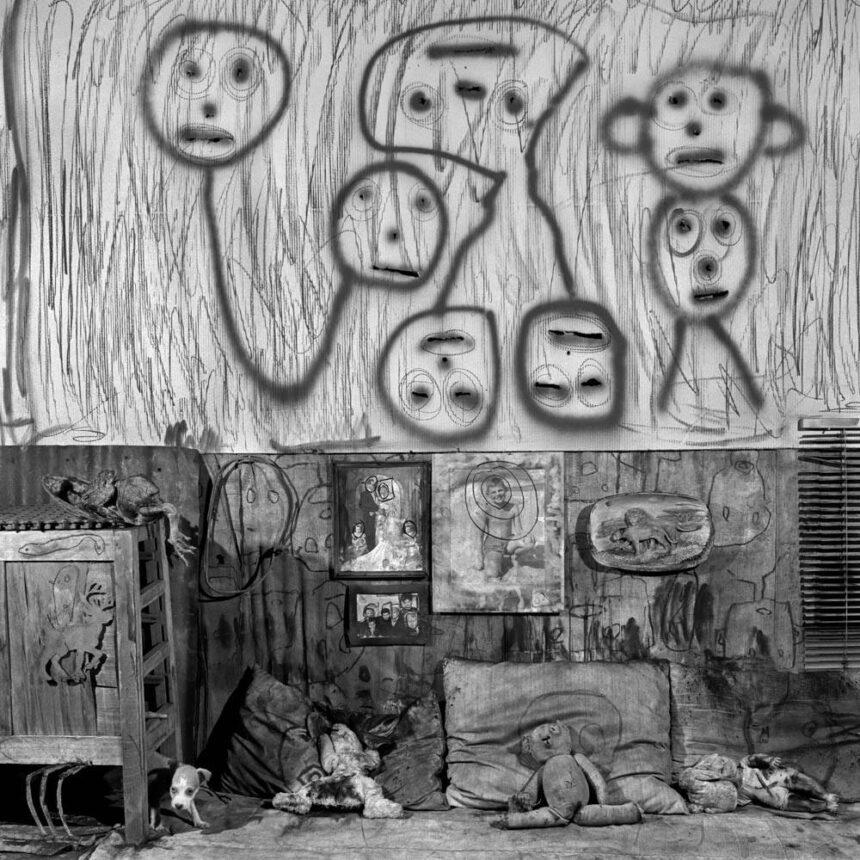 """Ξεναγήσεις στην έκθεση """"Roger Ballen. Shadows of the mind"""" στο MOMus – Μουσείο Φωτογραφίας Θεσσαλονίκης"""