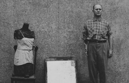 Ralph Eugene Meatyard – Ο φωτογράφος πίσω και εμπρός από τις μάσκες