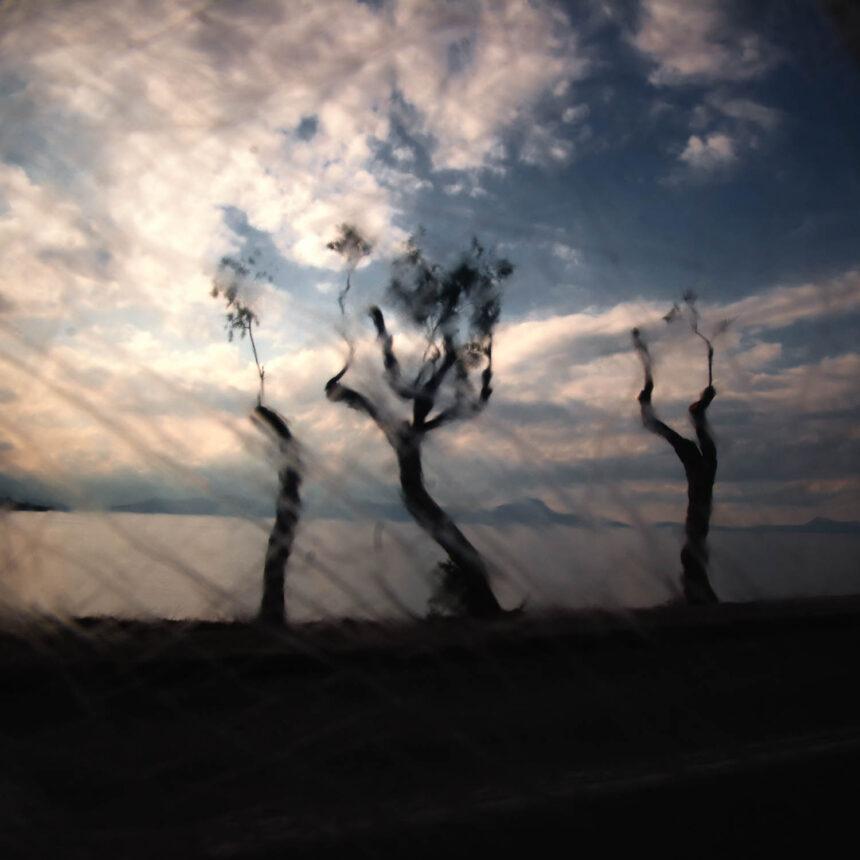 Luminous Eye | Παρουσίαση φωτογραφικού έργου του Μανώλη Καραταράκη