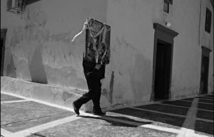 Οδοιπορικό στο Πάσχα των Ελλήνων – Η αναστάσιμη λιτανεία των Μυροφόρων