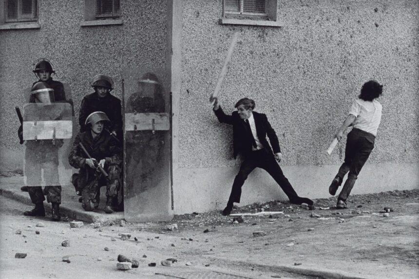 Sir Don McCullin – Δεν λειτουργώ ως φωτογράφος αλλά ως άνθρωπος